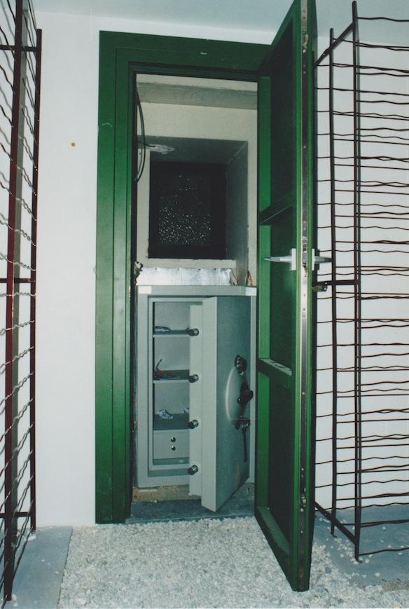 Awesome Porte Chambre Forte Gendarmerie Photos - House Design ...